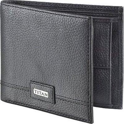Picture of Titan Men Formal Black Genuine Leather Wallet(3 Card Slots) TW159LM3BK